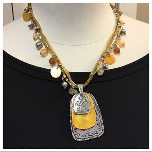 ❤️VINTAGE YELLOW COLDWATER CREEK NECKLACE